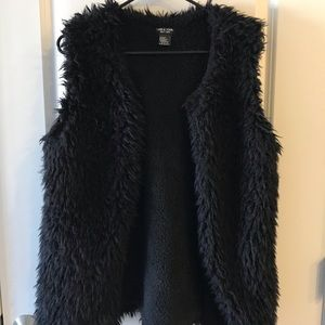 David & Young New York faux fur shearling vest